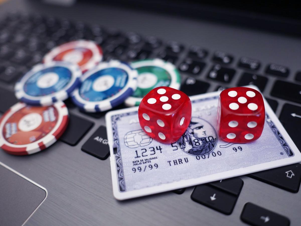 Perform Online Casino Gambling To Make Money Online Gambling