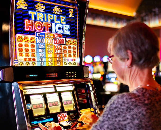 Playing Safely and Perfectly Only On Online Slots